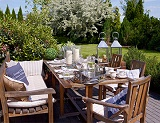 Zastawa stołowa w wiosennym stylu