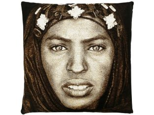 Poduszka żakardowa FS Home Collections Tuareg Woman 45×45 cm