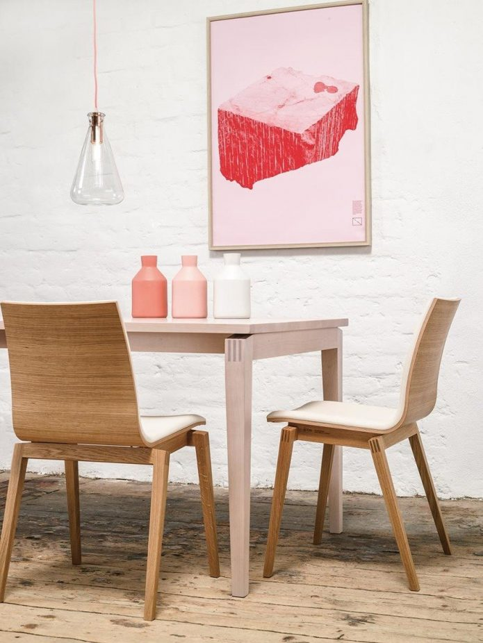 Orentalny fotele drewno salon aranżacje