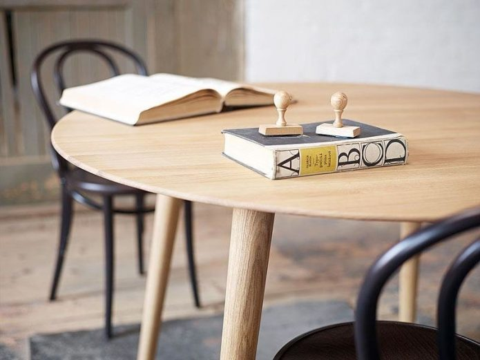 Skandynawski dywany z drewna hotel BBHome