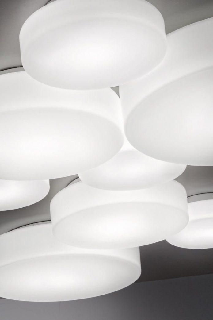 Stylowy narzuty biały gabinet design