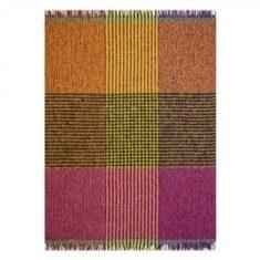 Koc dekoracyjny  Designers Guild Katan Fuchsia 130x180cm