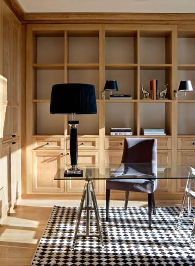 Lampa biurkowa Eichholtz